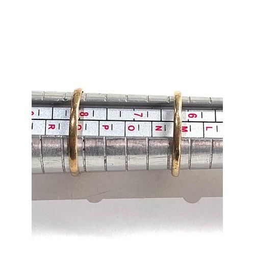 167 - 2 x 9ct gold garnet rings 4g