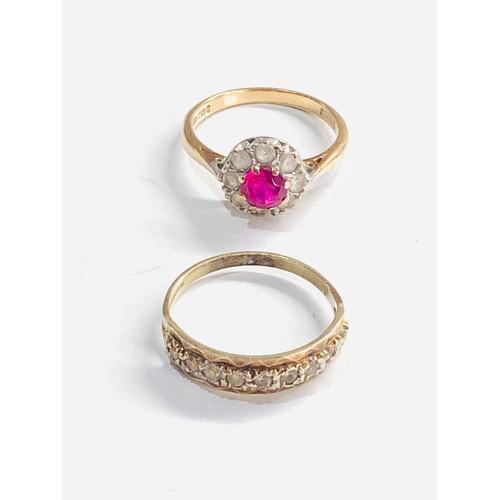 435 - 2 x 9ct gold stone set rings 4.3g