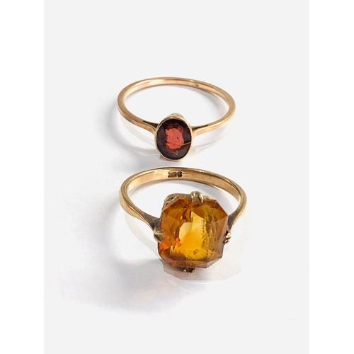 382 - 2 x 9ct gold vintage citrine and garnet dress rings 3.8g