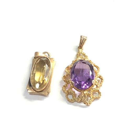 173 - 2 x 9ct gold modernist pendants inc. amethyst, citrine 8.6g