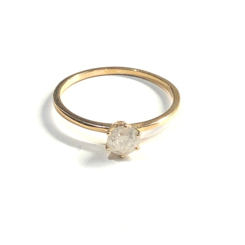 198 - 9ct diamond solitaire ring 1.6g
