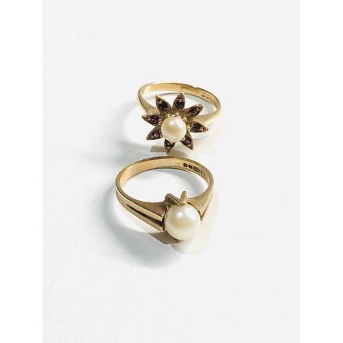 353 - 2 x 9ct gold pearl set rings inc. garnet 5g