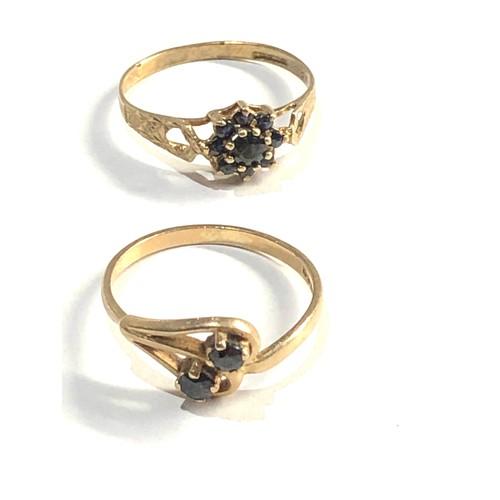 302 - 2 x 9ct sapphire rings 2.4g