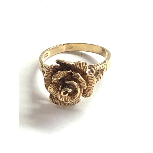 427 - 9ct Gold floral statement ring 4.4g