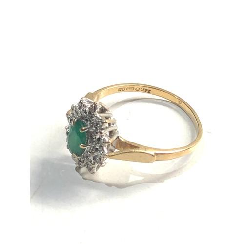 341 - 9ct diamond & chrysoprase cluster ring 2.3g