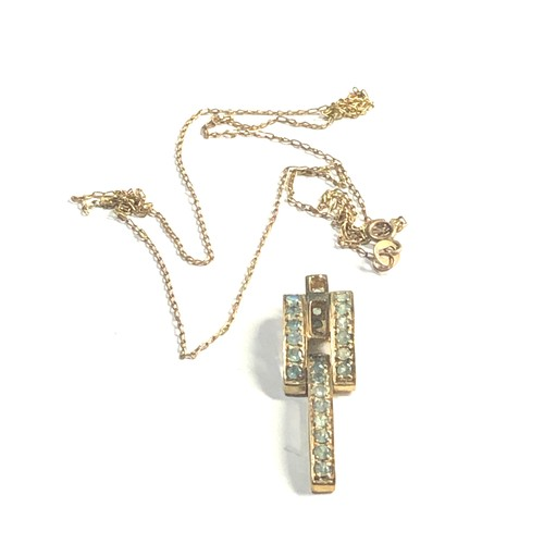 488 - 9ct art deco style green stone drop pendant necklace 3.3g