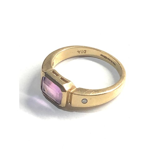 248 - 9ct Gold diamond & amethyst detail ring 3.4g