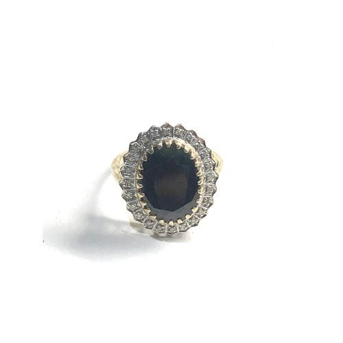 283 - 9ct diamond & sapphire cluster ring 4.3g