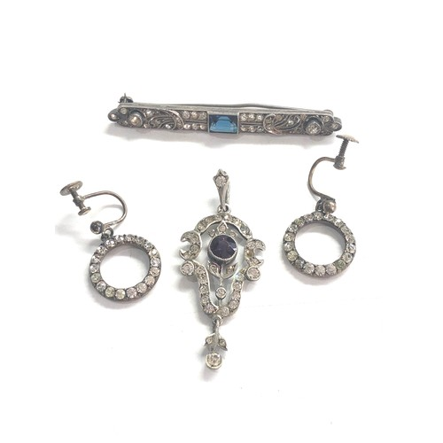 99 - Antique silver & paste jewellery pendant brooch and earrings