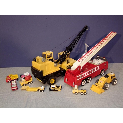 16 - Large Tonka fire appliance, large Tonka digger & selection of smaller Tonka toys...