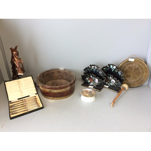 35 - Wooden coopered bowl, 2 papier mache leather racks, gong with wall mounting, set of EPNS tea knives,...