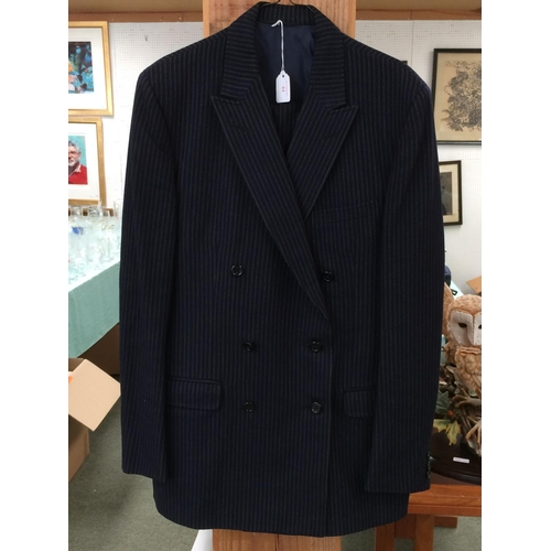44 - Weir Rhodes navy pinstriped suit size 40...