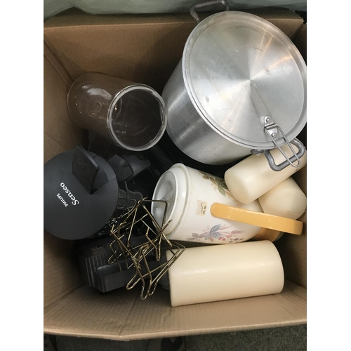 52 - Large quantity of modern kitchenalia...