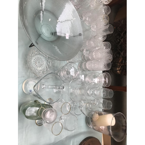 53 - Very large quantity of glass ware including drinking glasses, vases etc...