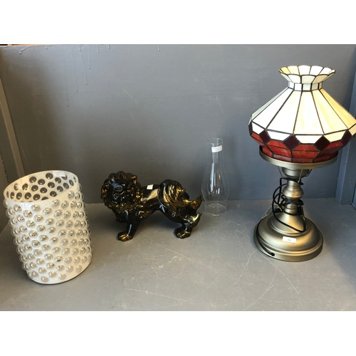 58 - Modern Tiffany style lamp, dog of Fo & contemporary vase...