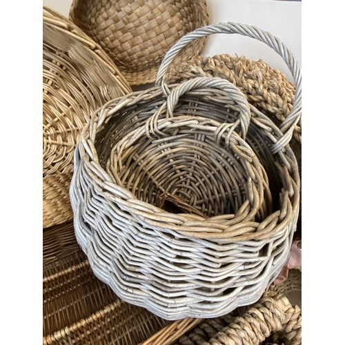 2 - A quantity of various baskets  (Condition: all from Country House clearance so all with general wear...