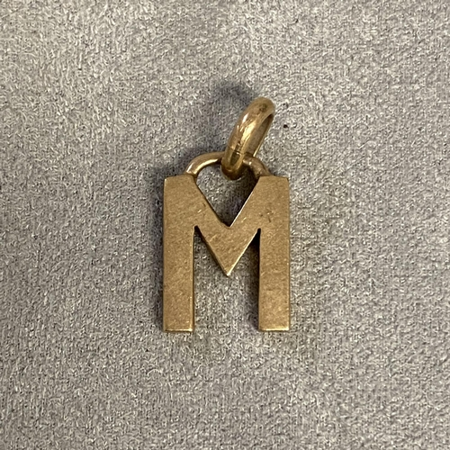 33 - 9ct gold pendent