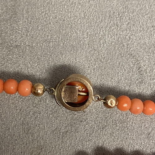 38 - Old Coral necklace