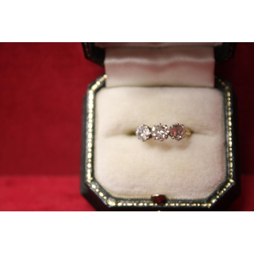 304 - LADIES 18CT GOLD RING WITH DIAMONDS...