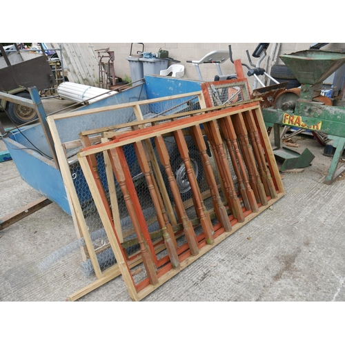 17 - LOT OF TIMBER FRAMES & NETTING WIRE...