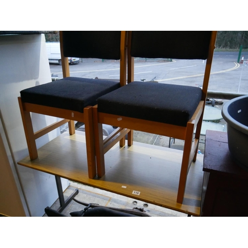 118 - DESK & 2 CHAIRS...