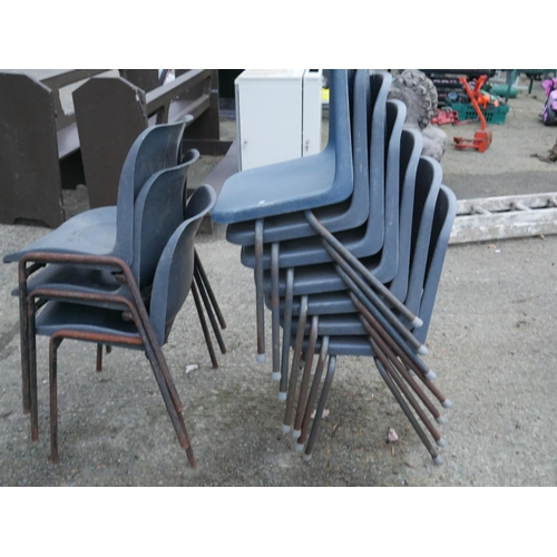 24 - LOT OF STACKING CHAIRS...
