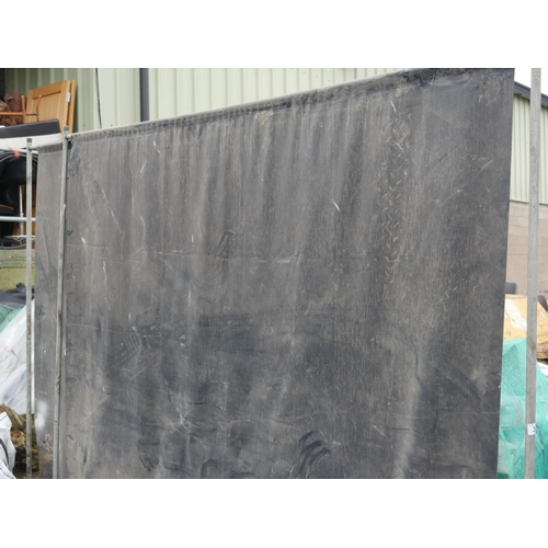 35 - 2 WELDING SCREENS...