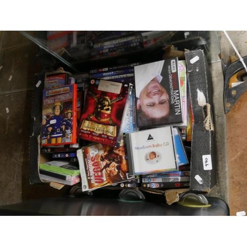 990 - BOX OF CDS...