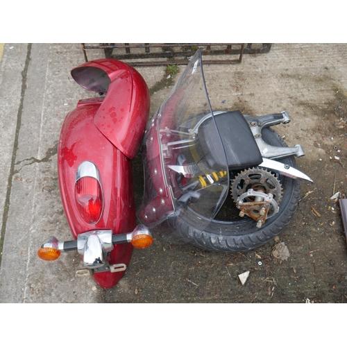 17 - LOT OF MOTORBIKE PARTS...