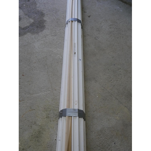 4 - LOT OF TIMBER SKIRTING...