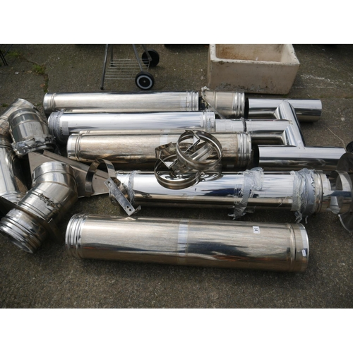 34 - LOT OF STAINLESS STEEL FLUE PIPING...
