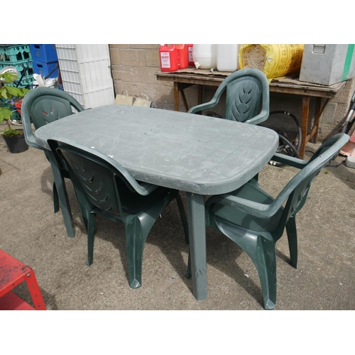45 - PLASTIC TABLE & 4 CHAIRS...
