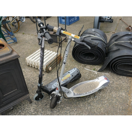 31 - 2 RAZOR SCOOTERS (NO CHARGERS)...