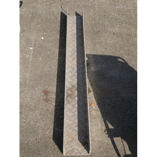 35 - CHEQUER PLATE CHANNEL IRON...