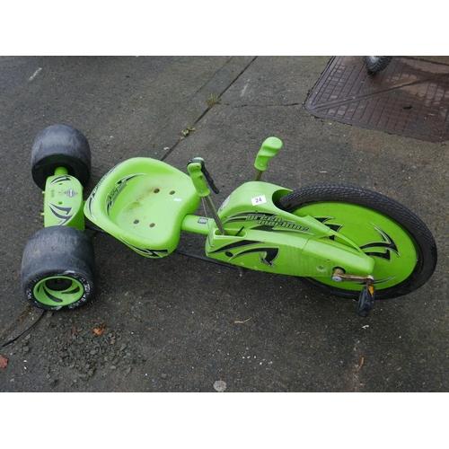 24 - GREEN MACHINE...