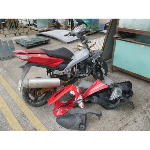 15 - PEUGEOT MOPED FOR SPARES OR REPAIRS...