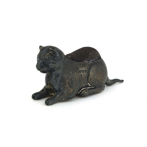 652 - Novelty silver pin cushion in the form of cat, A & L Ld Birmingham 1907, 8cm long, approximate weigh...