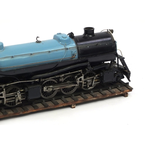 420 - Large scratch built Union Pacific locomotive and tender, the locomotive 91cm long, the tender 53cm l...