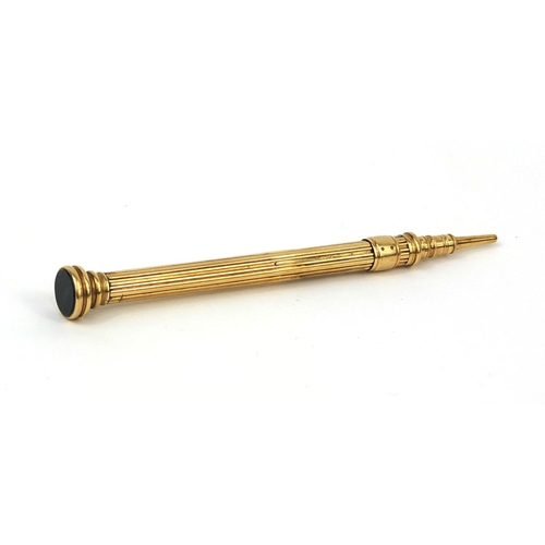 119 - S Mordan & Co unmarked gold propelling pencil with bloodstone top, 9cm in length, approximate weight...