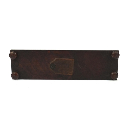 28 - Victorian Tunbridge ware cribbage board with floral inlay, 25cm wide