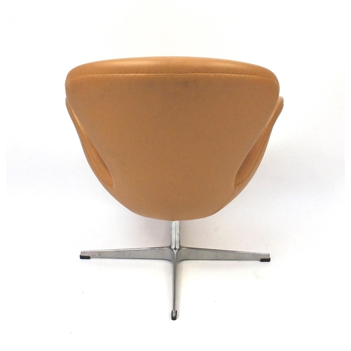 2046 - Arne Jacobsen design swan chair, 77cm high