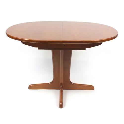 22 - Teak G-Plan extending dinning table, 75cm H x 122cm W x 90cm D...