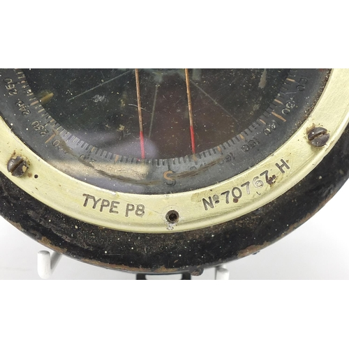 993 - Military interest type P8 compass, numbered 70767, 13.5cm in diameters...