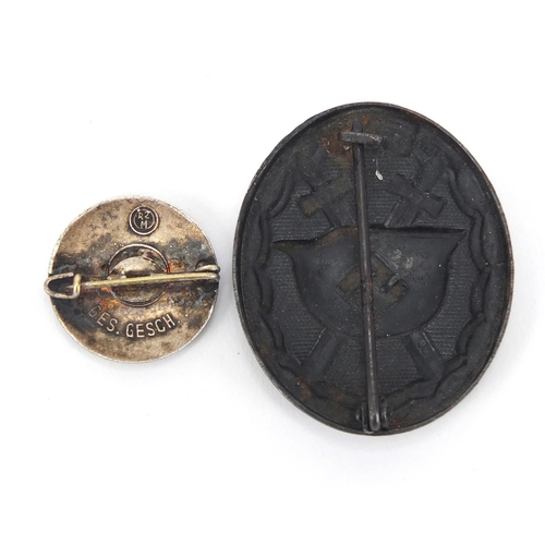 991 - German Military interest wounds badge and enamelled Hitler Youth badge...