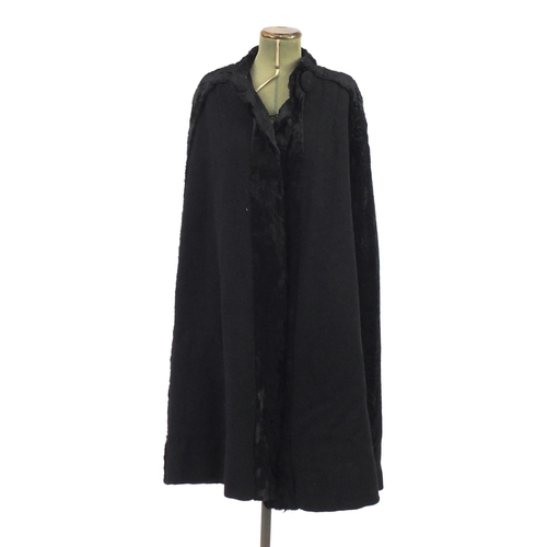 980 - Vintage silk lined overcoat cape...