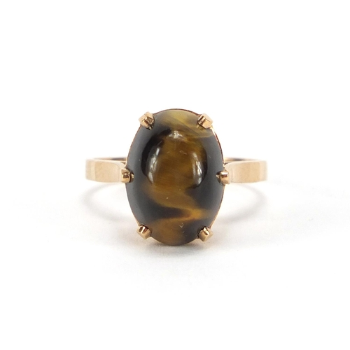 2377 - 9ct gold cabochon tigers eye ring, size P, approximate weight 4.1g...