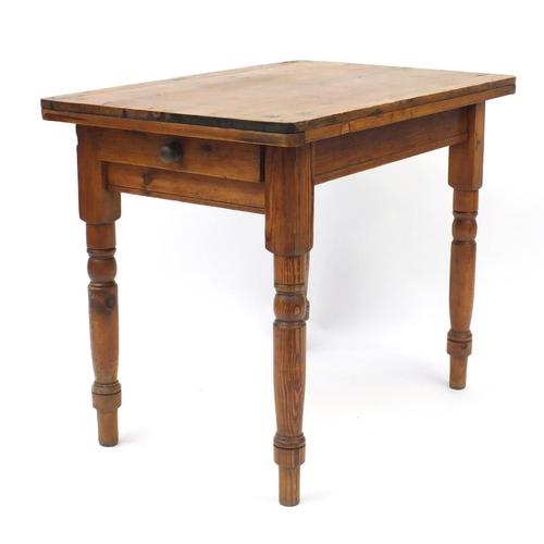 46 - Victorian pine dining table, 73cm H x 91cm W x 60cm D...