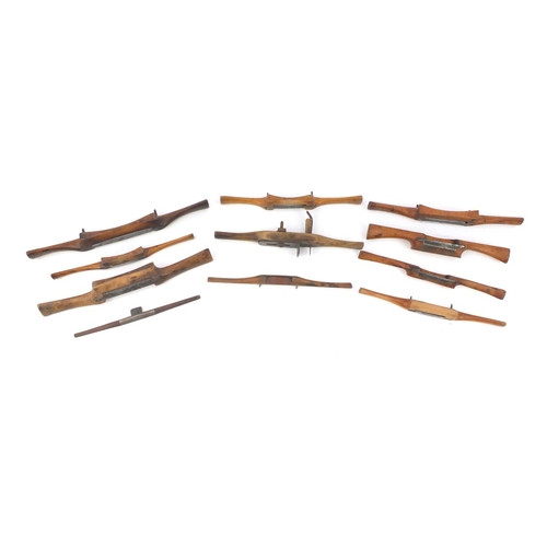 200 - Ten vintage unnamed boxwood wood working Spoke shave planes...