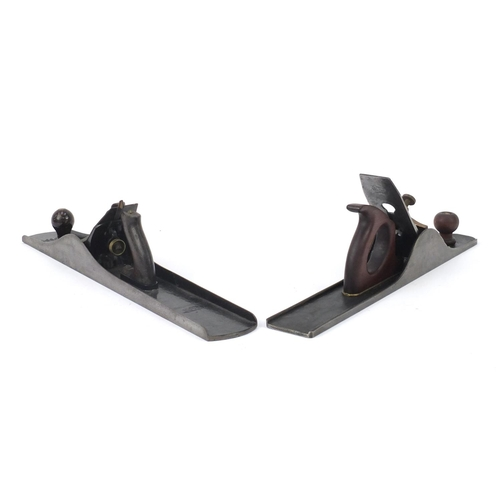 162 - Two vintage wood working planes including a Stanley Bedrock No.608...