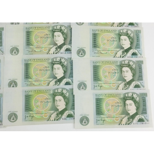2819 - British bank notes comprising ten shillings and one pound notes, various cashiers...